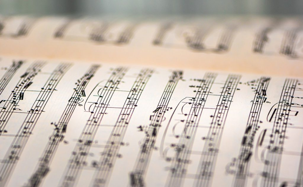 Curso traducción musicales
